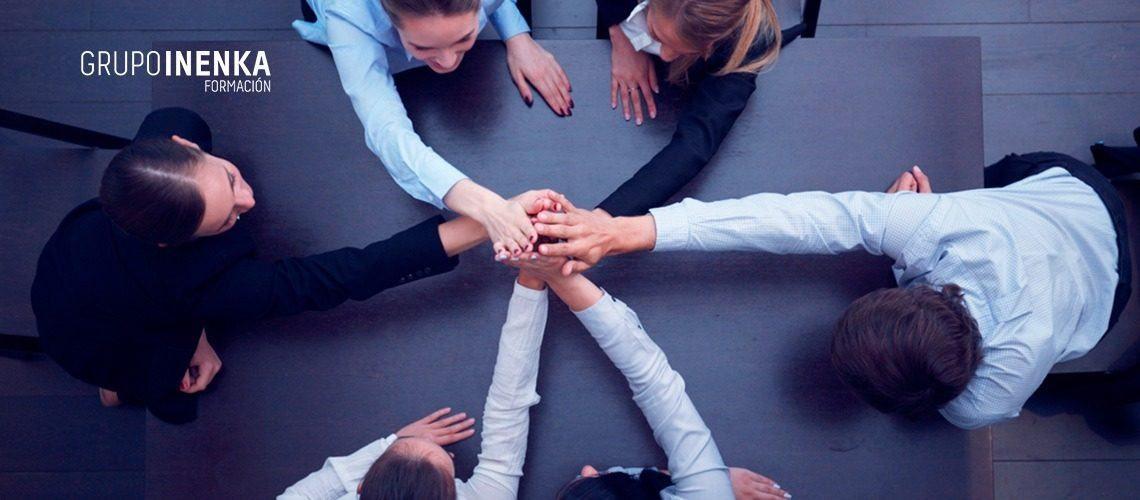 Descubre la cohesión de grupo y cómo desarrollarla entre los miembros de un equipo de trabajo